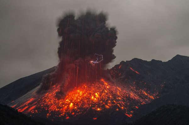 Sakurajima Volcanic Eruption Photography by Martin Rietze - XDesigns