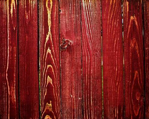 red-wood-texture-1