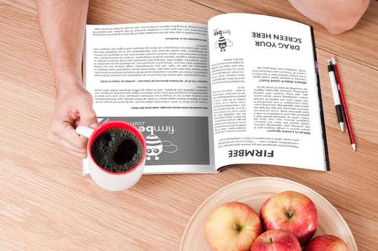 reading_magazine_mockup