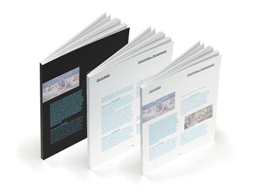 free_booklet_stationery_mockup