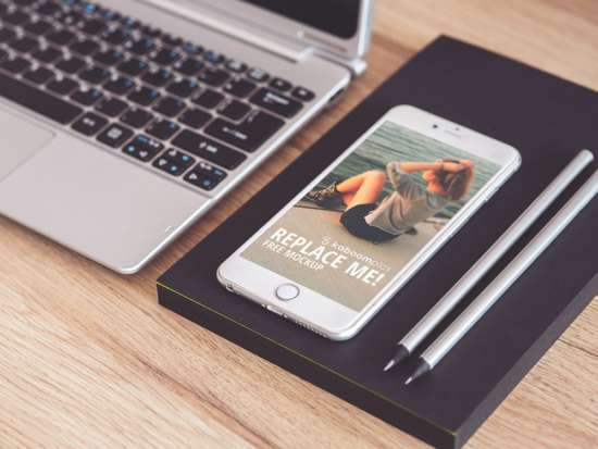 iphone_6_plus_on_desk_mockup