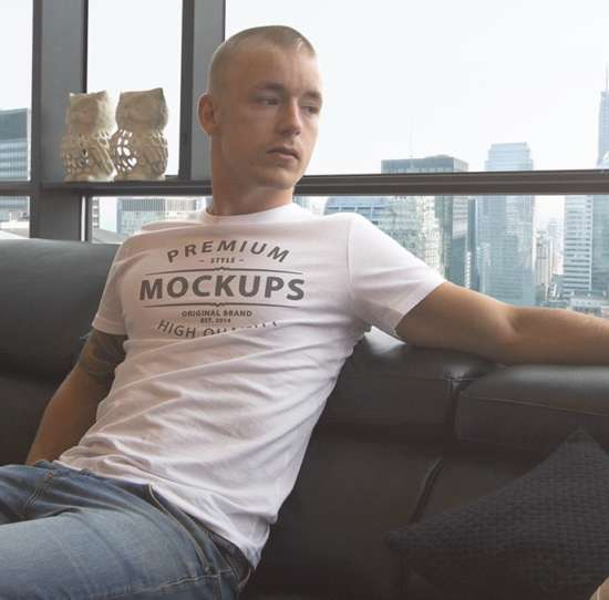 man_wearing_tshirt_mockup