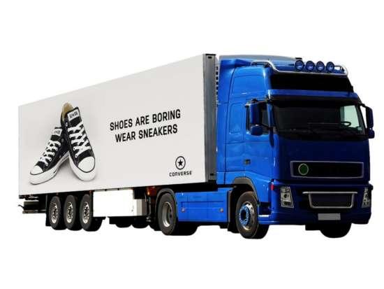 huge_truck_advertising_mockup