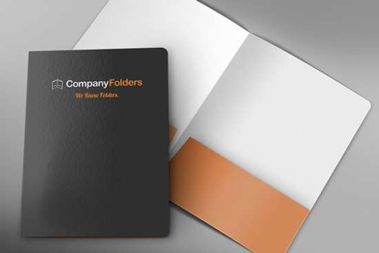 front_cover_&_open_folder_mockup_template_screenshot