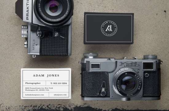 vintage_cameras_&_b_cards_mockup_screenshot