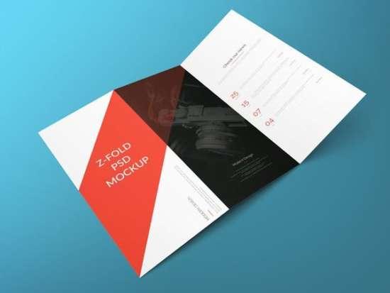z_fold_brochure_free_psd_mockup_screenshot
