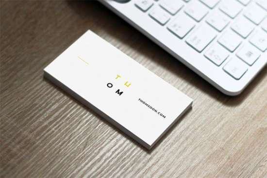 7_clean_business_card_free_mockup_download