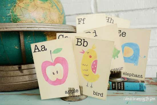 free_printable_vintage_alphabet_flash_cards