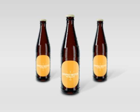 free_realistic_beer_bottle_mockup_psd_vol_2