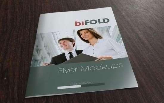 bifold_flyer_mockup
