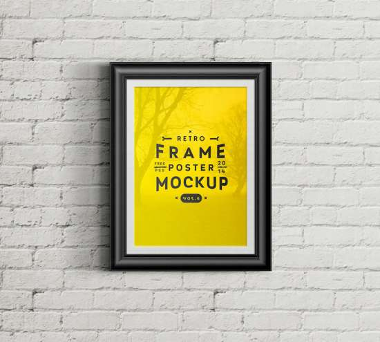 poster_retro_frame_on_wall_mockup
